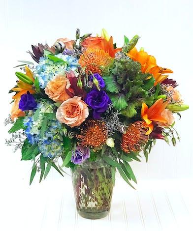 Large Glass Vase - Roses, Protea, Kale