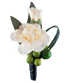 Boutonniere Mini Carnation